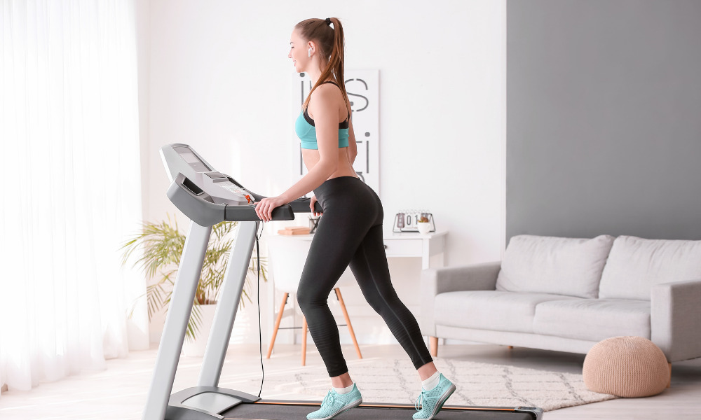 how much electricity does a treadmill use